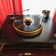 Reference Tonearm Lyra Atlas and Döhmann Helix one
